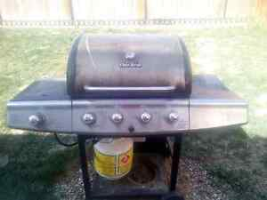 Charbroil Barbeque