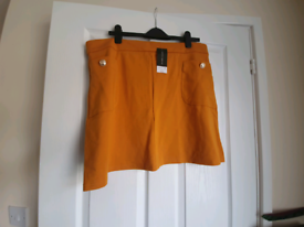 Brand New Dorothy Perkins Skirt - £3 - Collection Only
