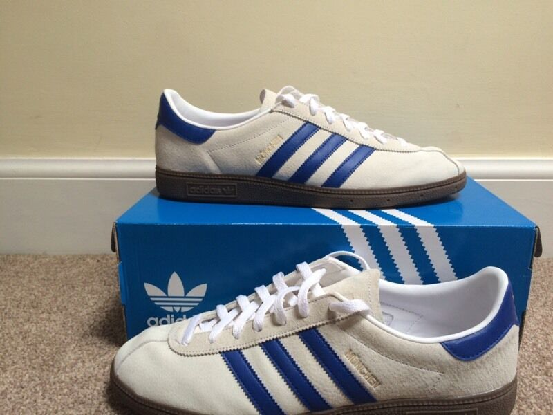 Adidas Munchen SPEZIAL WhiteBlue Noel Gallagher CW UK  : 86 from www.gumtree.com size 800 x 600 jpeg 61kB
