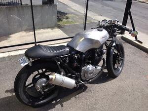 Café racer Yamaha xs400