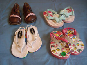 Girl shoes 18-24 m