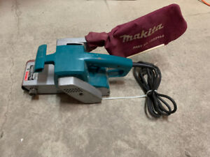 mikita 9924DB sander like new half price then when new