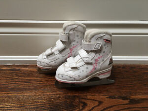 Girls Softec Ice Skates - Size 11