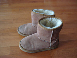 Brown Girls Size 3 Uggs Winter Boots