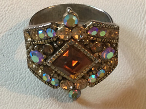 Beautiful multi-colour statement ring (A218)