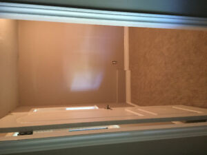 1 room to rent for female