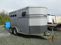 2 PLACE HORSE TRAILER FOR RENT