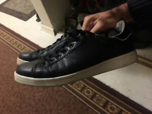 [Size 10] Geox Black Leather Shoes
