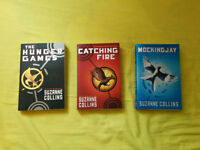 EXCELLENT CONDITION Paperback Hunger Games Trilogy