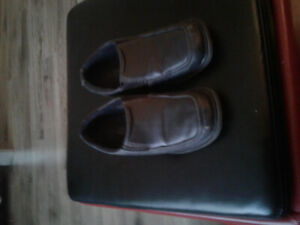 Selling boys size 12 dress shoes
