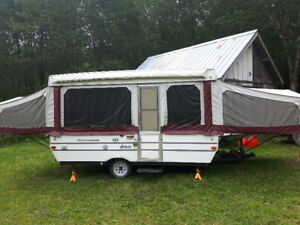 NEW PRICE 1997  12' Starcraft Venture pop up tent trailer