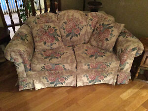 Couch and Loveseat Like new!