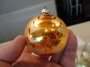 Old Vintage 70's Christmas Tree Ornaments -All 11 for $28.00 Kitchener / Waterloo Kitchener Area image 5