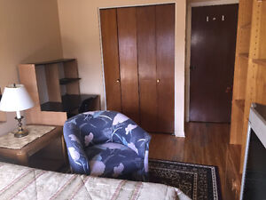 Room for rent (furnished) Pointe-Claire West Island Greater Montréal image 2