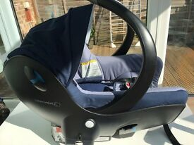 Baby Car seat - from birth to 12 months old