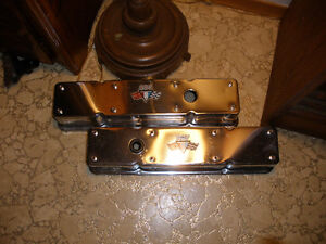 SBC CHROME VALVE COVERS -EARLY STYLE