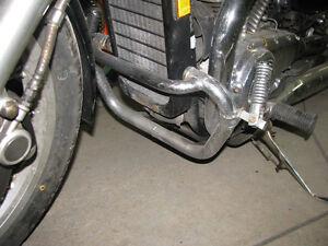 Protège-moteur Suzuki VS750 VS800 S50 Intruder crash-bar