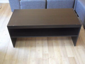 SPECIAL: COFFEE AND 2 END TABLES - USED 3 WEEKS Kitchener / Waterloo Kitchener Area image 2