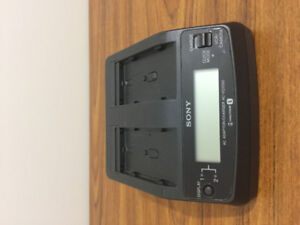 Sony AC-VQ1050D AC Power Adaptor Dual Battery Charger
