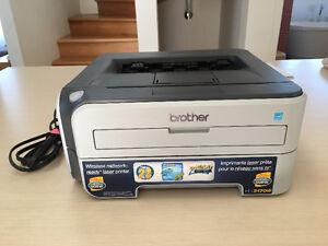 Imprimante laser noir et blanc sans fil de marque Brother
