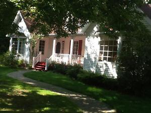 Belle maison sur 4 acres