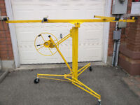 DRYWALL HOIST/LIFT - RENTAL