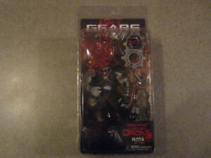 GEARS OF WAR Headshot Locust Drone Action Figure with COG Tags Edmonton Edmonton Area image 1