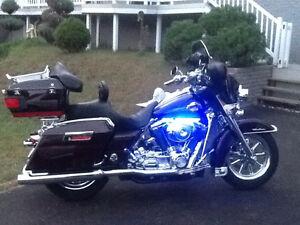 FLHTC Harley Davidson