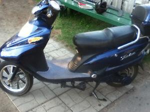velo scooter moto