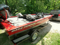 Beautiful Bass boat- low hrs-90hp