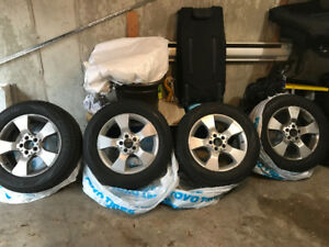 MERCEDES (tires and rims)