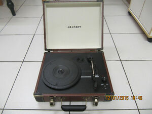 Classic Crosley CR6019A BR USB Turntable Ex Condition Like New!!