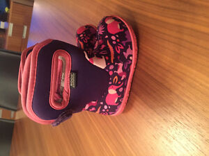 Bogs toddler size 5
