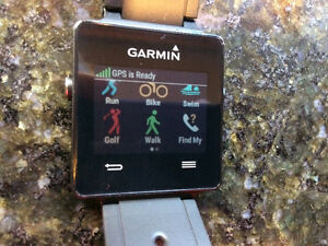 New Garmin Vivoactive GPS Black Sports Watch