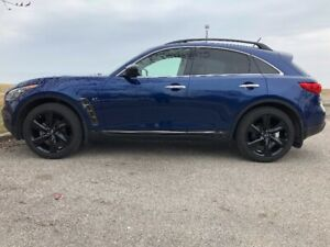 Infinity QX70S 2017 Extended Warranty/Clean Car Fax