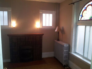 All inclusive downtown house for Jan 1 London Ontario image 2