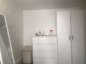 nice room in East London 07706814372