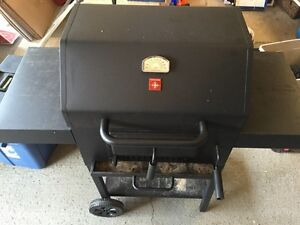 BBQ - must sell moving 95$
