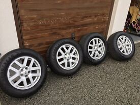 """Land Rover Discovery 3 or 4 18"""" alloy wheels + Goodyear tyres"""