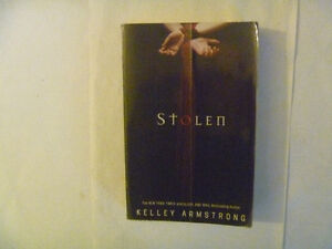Kelley Armstrong Paperbacks - several to choose from