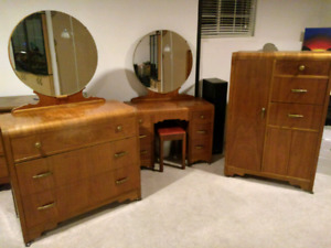 Antique Art Deco Bedroom Set