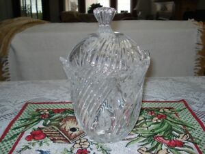 Crystal Candy Dish c/w Scalloped Edges