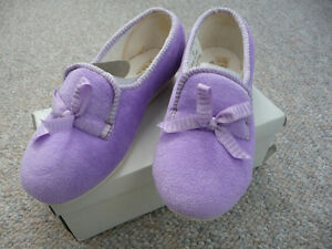 Variety of Brand New Children's Slippers London Ontario image 7