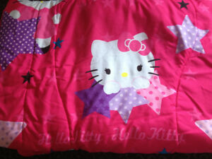 "Twin bedding comforter set ""hello Kitty"" for sale"