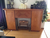 Vintage Fireplace with decorative gas grate
