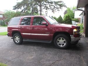 REDUCED!! 2006 GMC Yukon SLT SUV All-Wheel Drive, Lady Driven
