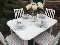 Shabby Chic Extending Dining Table & 4 Vintage Chairs