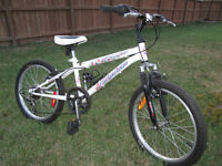 "Girl's 20"" Wheel Nakamura Meyou 6 speed Mountain Bike"