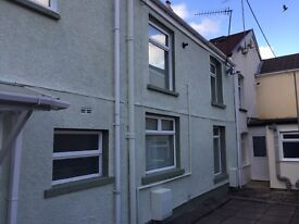 Large three bed cottage ( double front cottage) in a very quite private area.