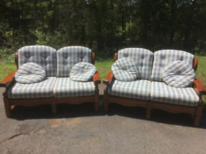 LOVESEAT COUCHES FOR SALE